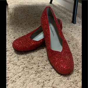 Ruby Red Slippers Wizard of Oz Size 3.5 Dorothy